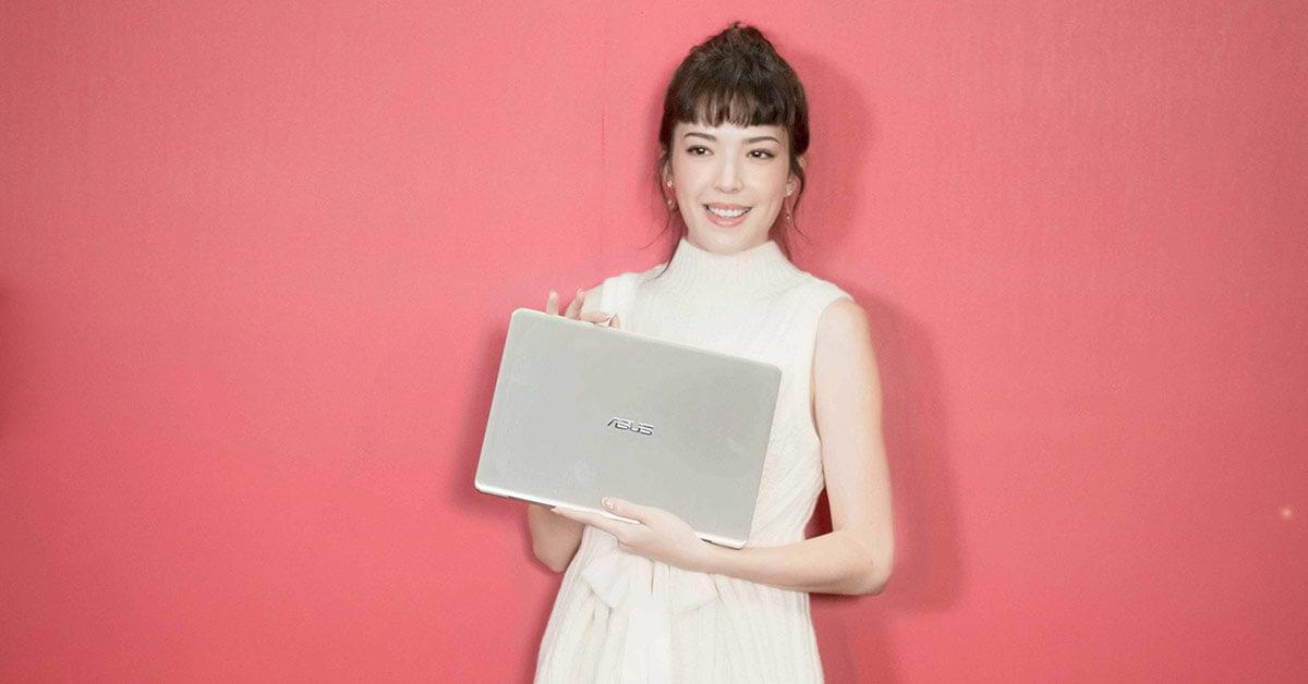 許瑋甯化身華碩一日店長與粉絲互動同樂,台北資訊月最後一天想搶便宜3C還不趕快行動!