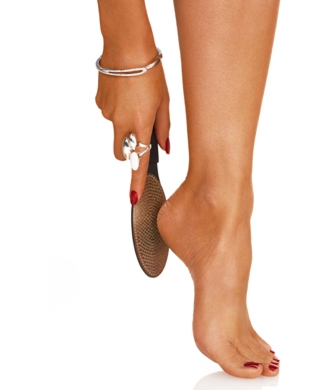 有技巧的去除腳皮省力又省時。