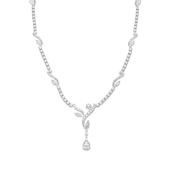 Adonis Rose系列,高級珠寶鑽石項鍊,22,400,000元。