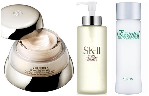 (由左至右)資生堂百優乳霜、SK-II 青春露、ALBION 健康化妝水
