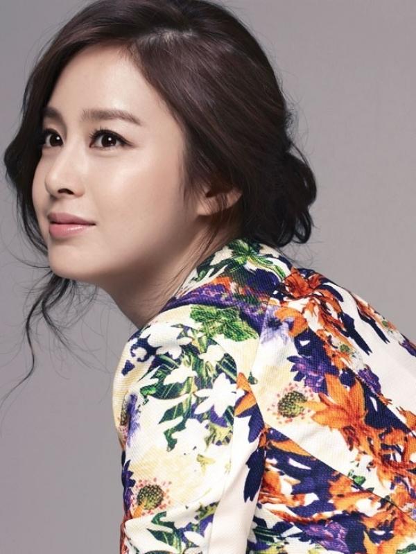 韓國第一女神代表─金泰熙