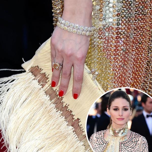奧莉維亞巴勒莫Olivia Palermo擦上她最愛的紅色指彩出席坎城影展。