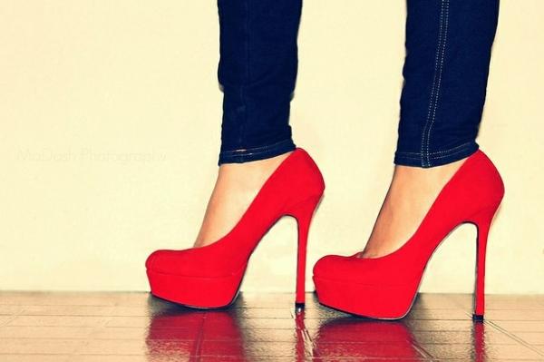保護自己 選對跟鞋高度