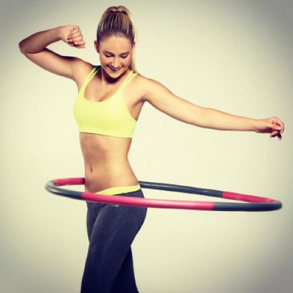 因為單一運動感到無趣而提不起勁運動的女生,不妨綜合靜態、動態等不同的運動項目,達到瘦身又能放鬆的效果。圖片來源:favim.com