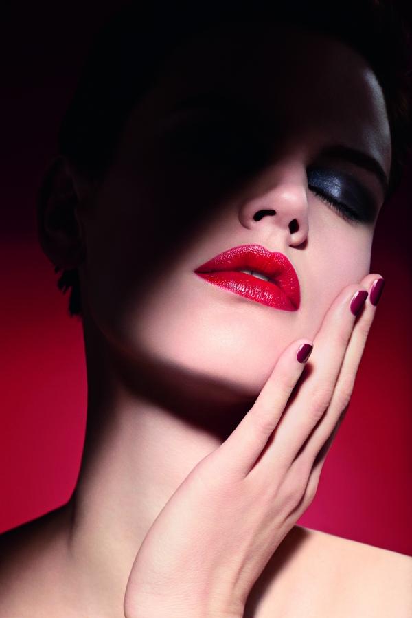 夢幻逸品又一發!Giorgio Armani推出史上第一支CC概念唇膏