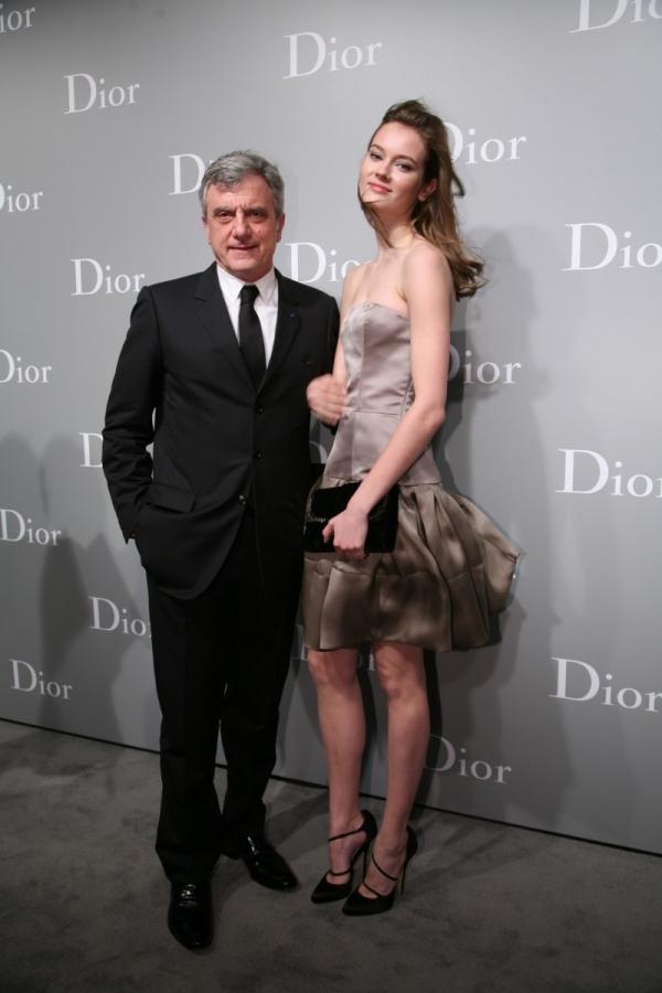 Sidney Toledano 與名模 Jac Jagaciak 雅克雅蓋克於 Dior 2012春夏高級訂製服上海秀場