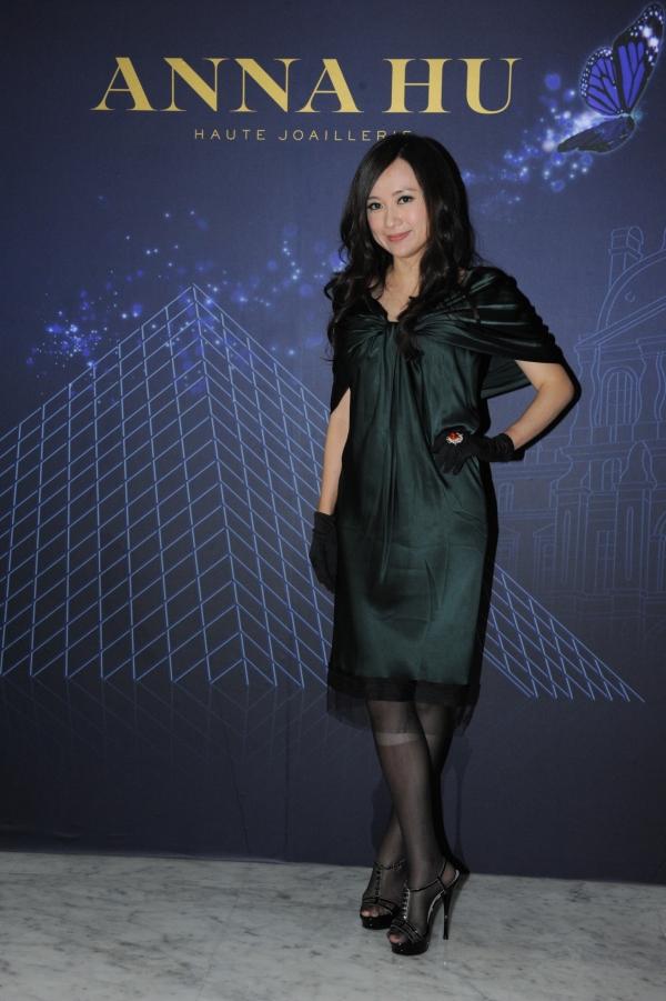 華裔珠寶設計師 ANNA HU