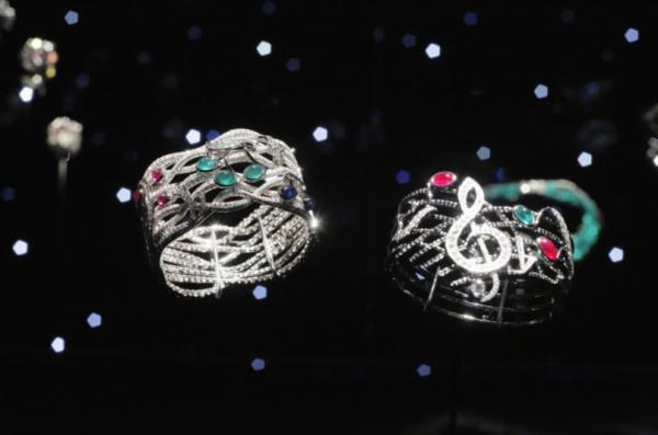華裔珠寶設計師 ANNA HU 珠寶展世界巡迴第二站台北