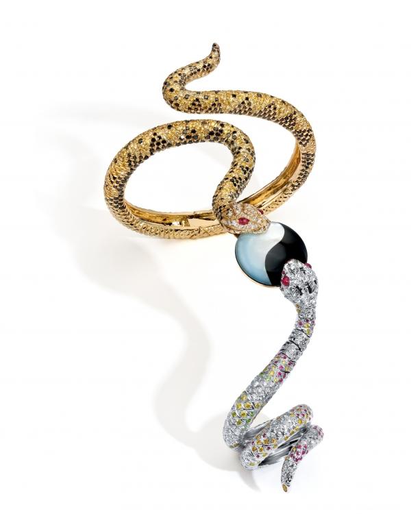 華裔珠寶設計師 ANNA HU 珠寶展作品-太極蛇 戒鐲