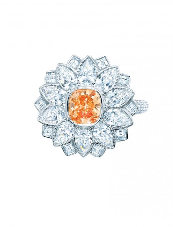 Tiffany 0.74克拉橘色鑽石戒指