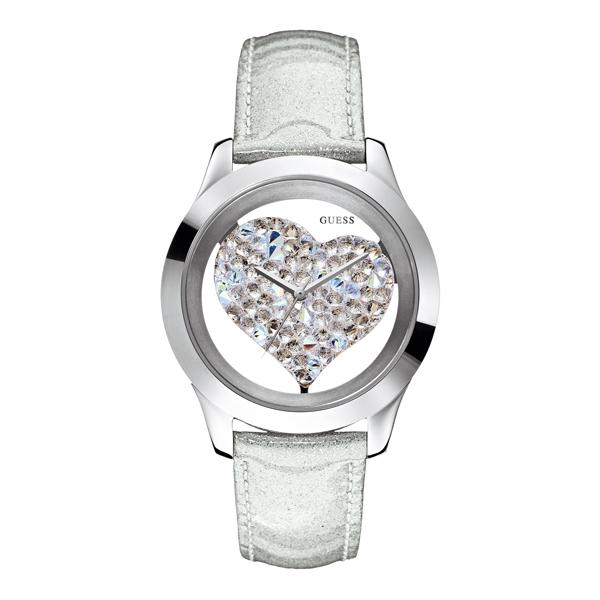Guess 水晶之心白色腕錶,5,300元。
