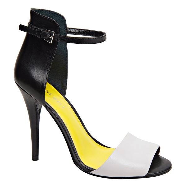 Nine West色塊高跟涼鞋,4,280元。