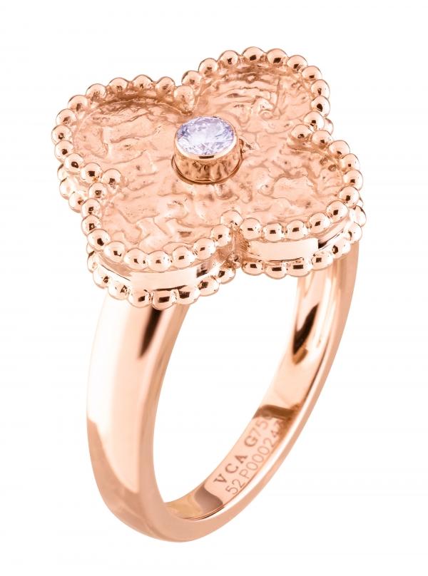 Vintage Alhambra戒指,玫瑰金鑲嵌鑽石。