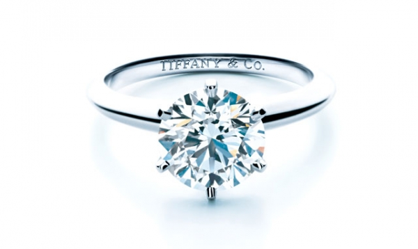 Tiffany® Setting鑽戒