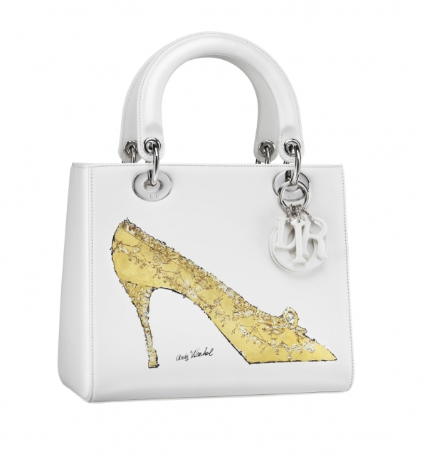 Lady Dior白色飾以Andy Warhol繪圖手提包 約NT$270,000
