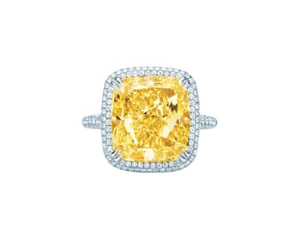 Tiffany 10.07克拉黃鑽戒指,參考價NT$16,630,000。