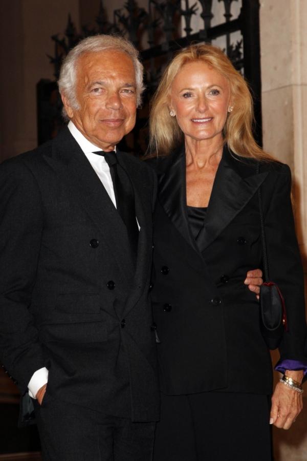 Ralph Lauren以妻子Ricky的名字命名系列手袋。