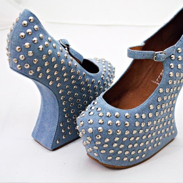 Jeffrey Campbell鉚釘丹寧瑪莉珍鞋,Linda私物。