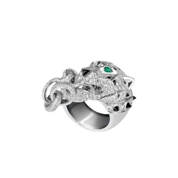 Cartier 美洲豹造型鑽戒,2,350,000元。