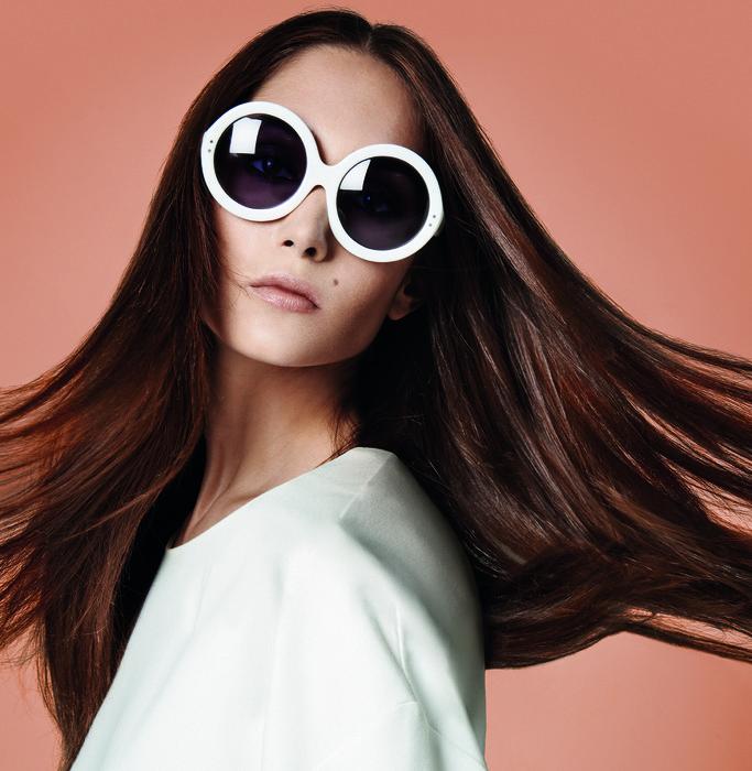 用對整髮器,妳每天都能擁有閃閃秀髮。(圖/ghd)