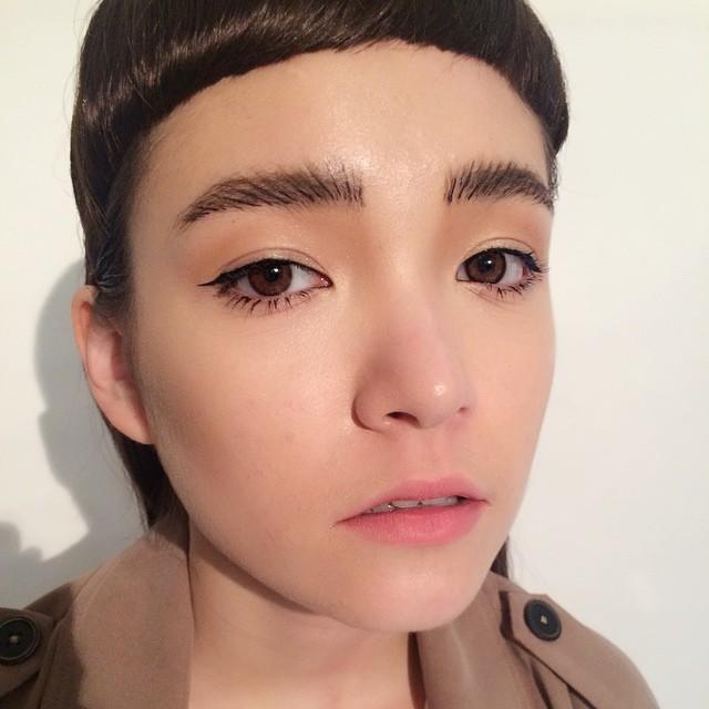 立體感眉毛也是決定臉部大小的關鍵。