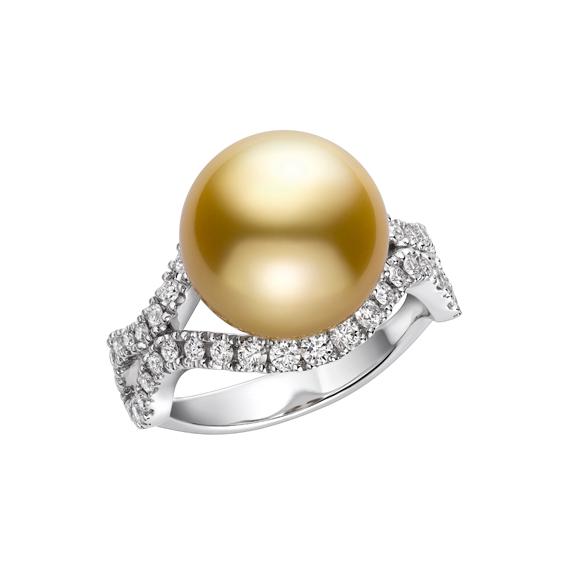MIKIMOTO Day and Night 系列,南洋黃金珍珠18K白金鑽石戒指,258,000元。