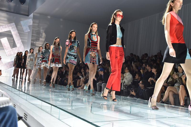 義大利知名品牌 Versace 15春夏系列