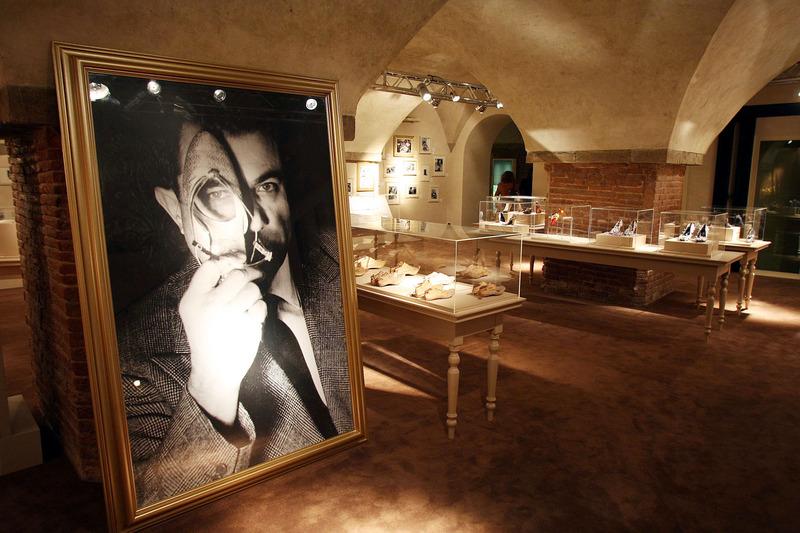 Salvatore Ferragamo 博物館內藏有超過一萬雙鞋履與設計師手稿。