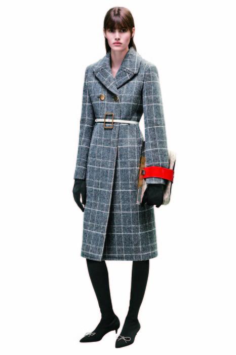 Balenciaga 蘇格蘭格紋大衣