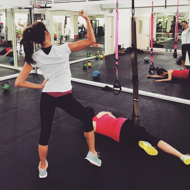 養成習慣,就算再累一樣到健身房報到。