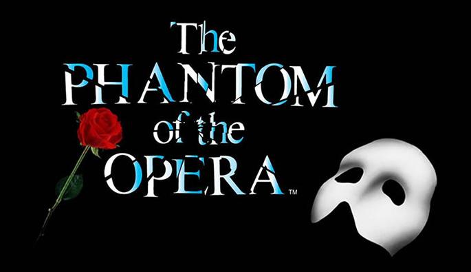 歌劇魅影最經典的標誌莫過於魅影的面具了。