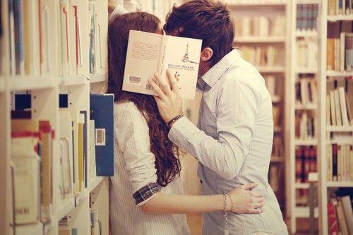 明星們通常都選擇地下戀情的方式……