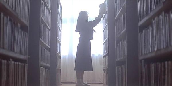 圖書館總是一個充滿浪漫魅力的場所。