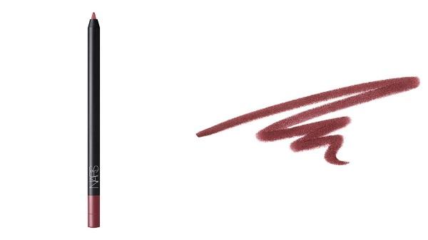 NARS絲絨唇線筆,#Karekare,880元。