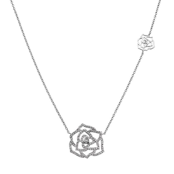 PIAGET-玫瑰花園 Piaget先生將玫瑰的感性獻給每位女性,一朵玫瑰代表了一個女人的一段故事  蕾絲玫瑰鑲鑽墜鍊, 199,000元