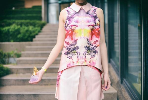 橘粉調的蝶戀花 帶來優雅的夏日氣息