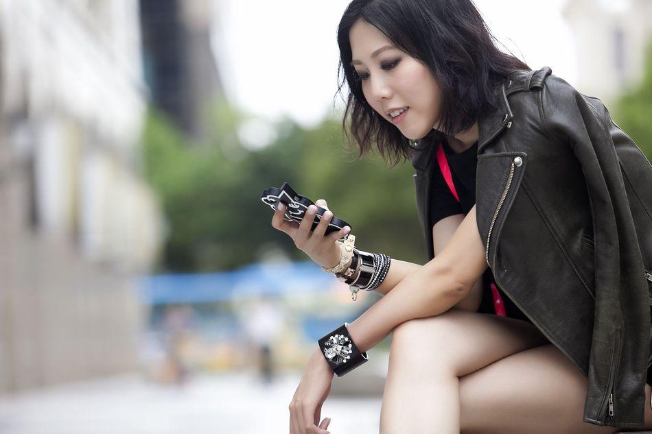 【香港最潮部落客穿搭】Swarovski施華洛世奇手鐲搭法 注入閃耀水晶魅力