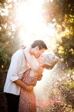 愛情的宗旨是:二,有長久發展的空間