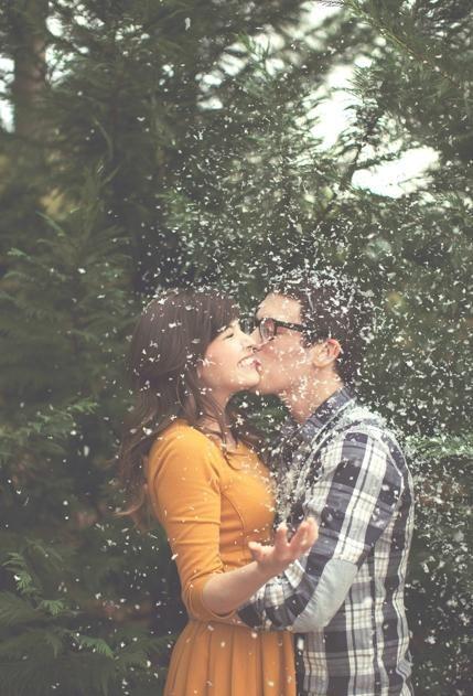 愛調情的男人不一定壞,也許是自信不足,希望多收集情報後才行動