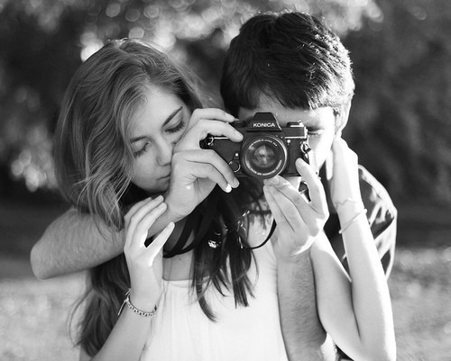 像麻醉劑,甜蜜讓彼此看不見對方的缺點,但藥效過後,視線漸漸清晰,也讓雙方的磨合漸增